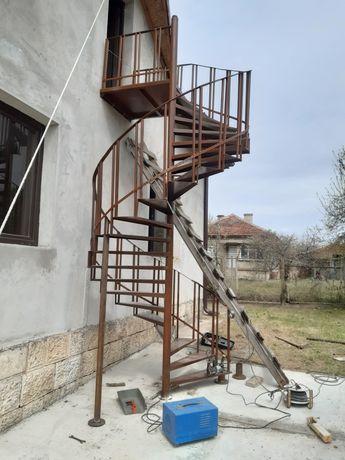 Изработка на метални конструкции врати парапети