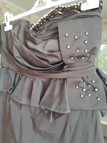 Продам коктельное платье