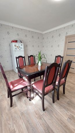 Срочно Стол со стульями