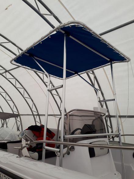 Т-топ (сенник) за лодка с централна конзола