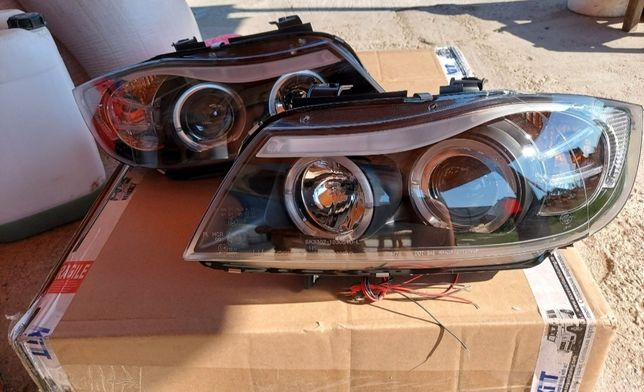 Faruri tuning cu lupă si engel eyes. Pentru BMW E90/ E91