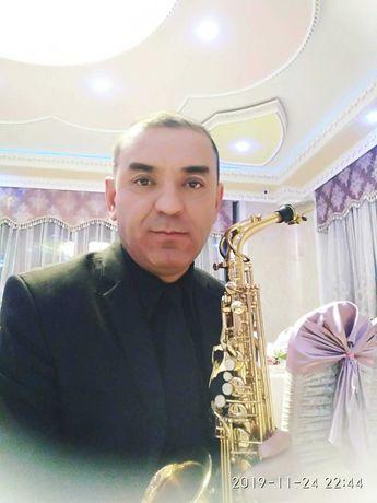 Саксофонист на праздник в Алматы – это наилучший вариант.