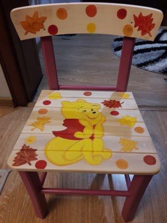 Дървени столчетата.