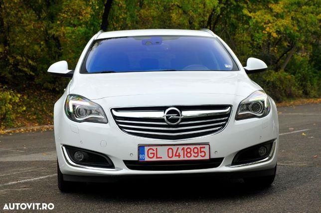 Opel Insignia Distronic / Lane&Side Assist / Camera / LED / Ventilatie+Incalzire