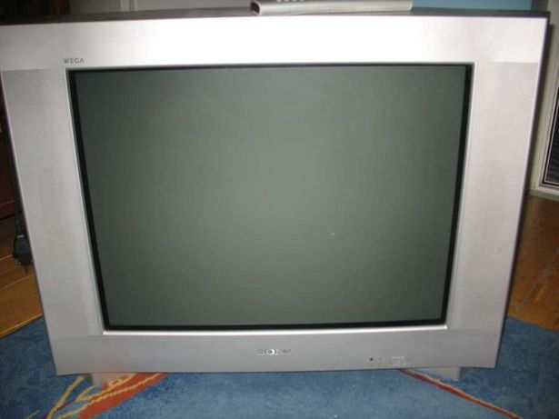 Tv sony diagonala 71 ecran plat