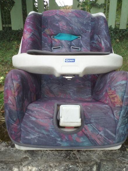 Продавам детско столче