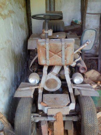 Трактор с ремарке самоделка