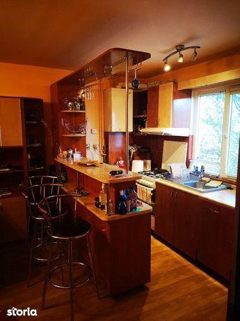 Exclusivitate apartament in case insiruite  3 camere zona Terapia