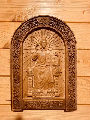 Дърворезба от явор- икона Господ Вседържител
