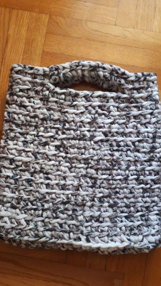 Плетена чанта от трико-прежда