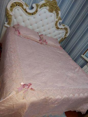 Королевский спальный гарнитура