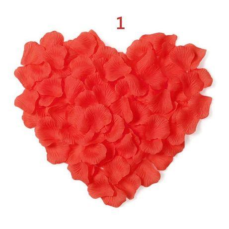 Листа от рози . Фолиеви балони. LED сърца.
