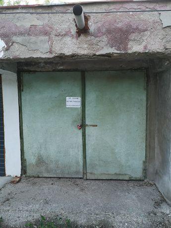 Garaj, proprietar, situat pe Aleea C-tin Brancusi langa Curtea de Apel