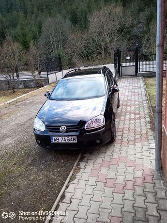 Vând Volkswagen golf 5