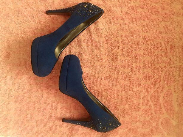 Vând pantofi damă