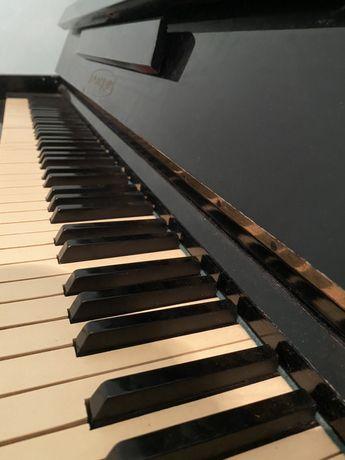 Продается фортепиано 12.000тг