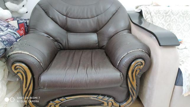 Кресло диван средних габаритов