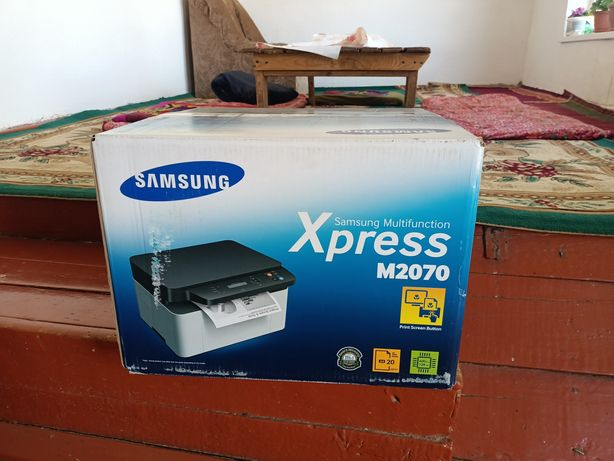 Samsung принтер М2070