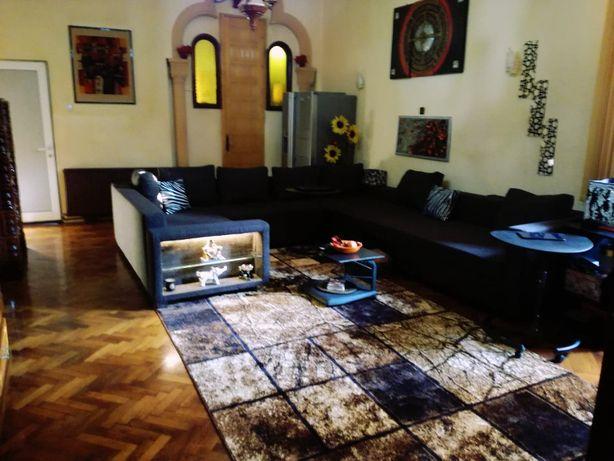 Apartament spatios ultracentral (sau schimb cu casa)