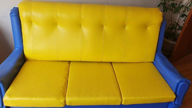 Диван кровать и кресло мягкий уголок