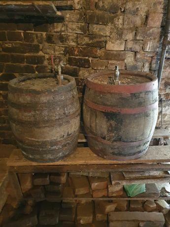 Ofertă! Vând 3 butoaie vechi de vin, pălincă, rachiu- 300 lei toate.