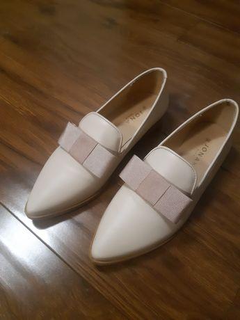 Продам туфли женские 36 размера. Италия