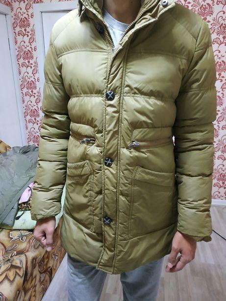 Продам куртку зимнию, пару раз одевал