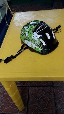 Шлем детский новый всего 2000