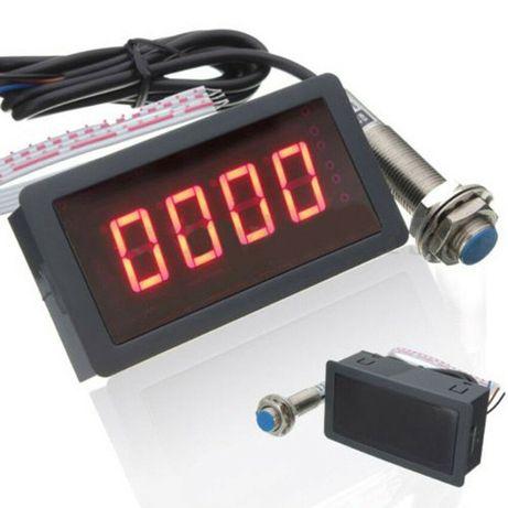 Indicator turatie combine etc 0-9999rot/min. Tahometru turometru! Nou!