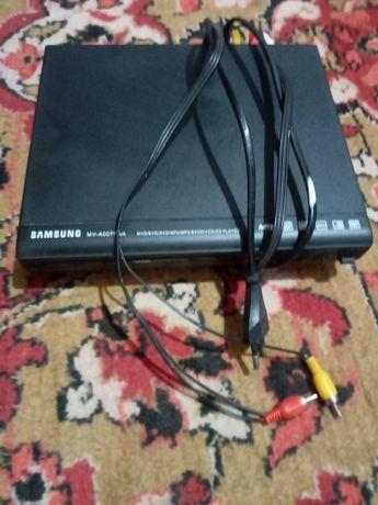 Продаю DVD Samsung