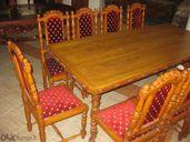 Масивна трапезна маса с 10 стола