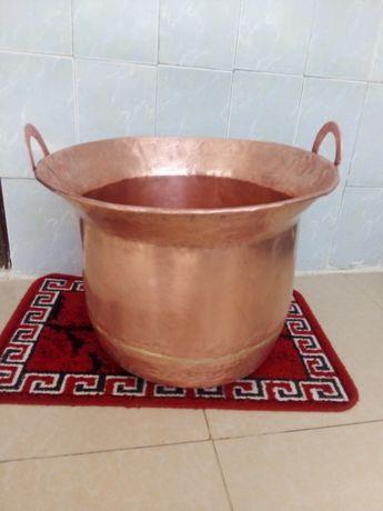 Vand caldare din cupru alimentar are 70  de litri cu fundu de 3 pereti