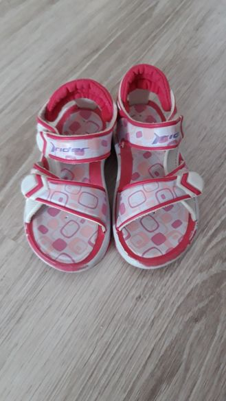 Детски сандали за момиче