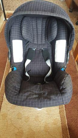 Детско столче (кошница) за кола Britax Römer
