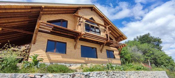 Сглобяеми къщи с стоманена конструкция,каменна вата,и дървена ламперия