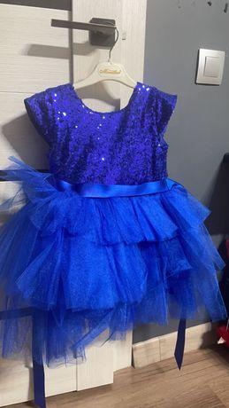 Продаю детское платье