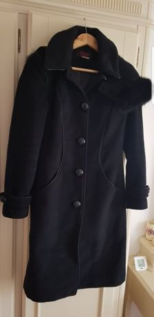 Palton dama din Lana si gluga cu blana de vulpe