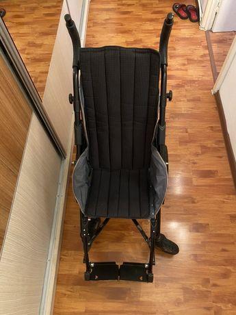Carucior handicap copii Hoggy Zip 66cm.50 kg tetrapareza