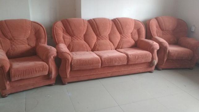 Продам диван и два кресла, самовывоз