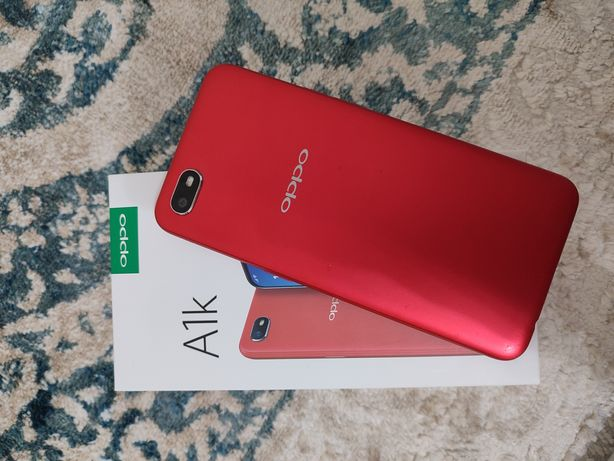 Oppo A1k 32gb/ красного цвета