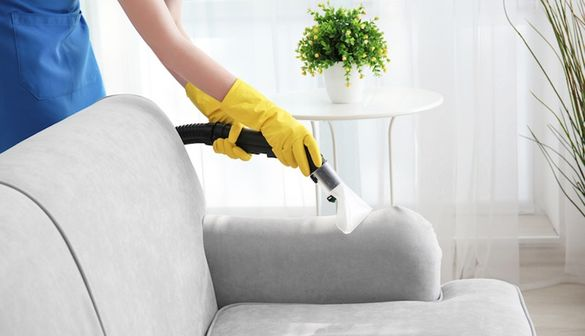 Професионално машинно пране на мека мебел