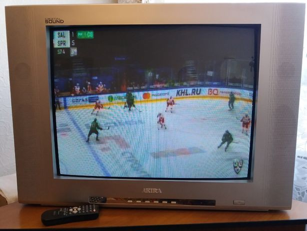 Телевизор AKIRA, диагональ 70см.
