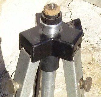 триножниции, триподи, 1 с подвижна глава алуминий и странична ръчка