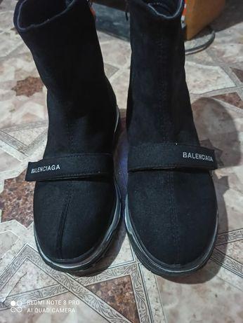 Обувь 38размера срочно