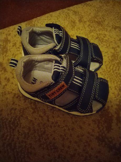 Pantofiori baieti sau fete 9 luni-15 luni marimi 18-21