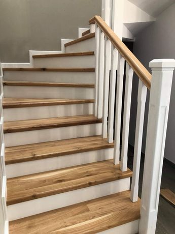 Execut scări din lemn