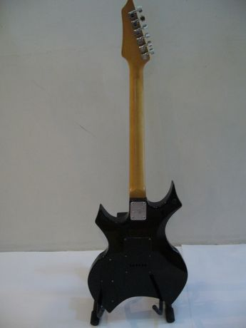 Ел. китара - Stagg X300. Без куриери, само лично!
