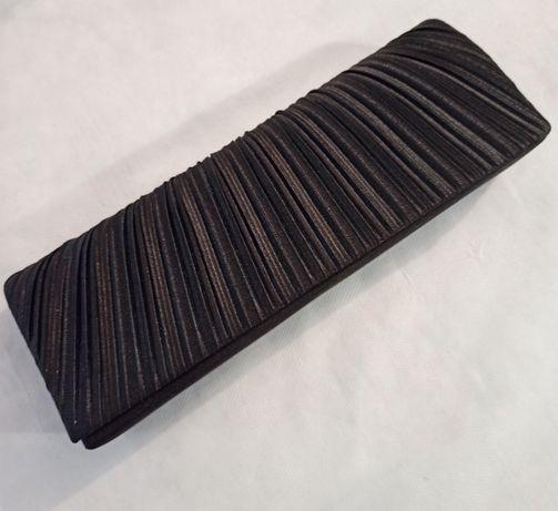 Дамска клъч чанта в черно