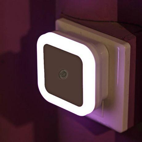 Сензорно дежурно нощно осветление 220V