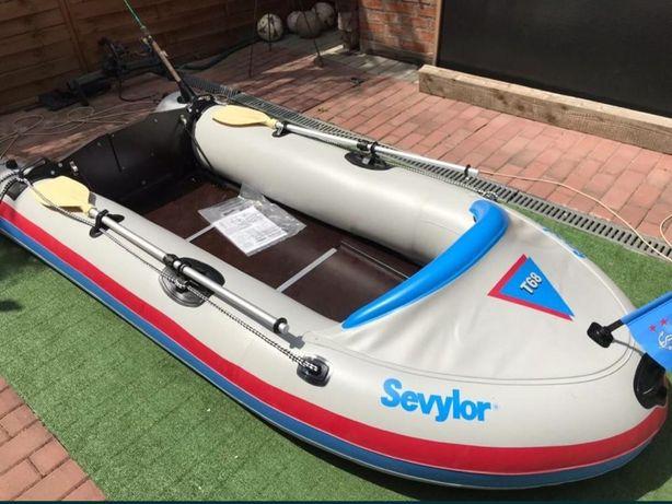 Barca 4persoane noua